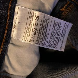 Old Navy Jeans - Mid-Rise Curvy Straight Jeans